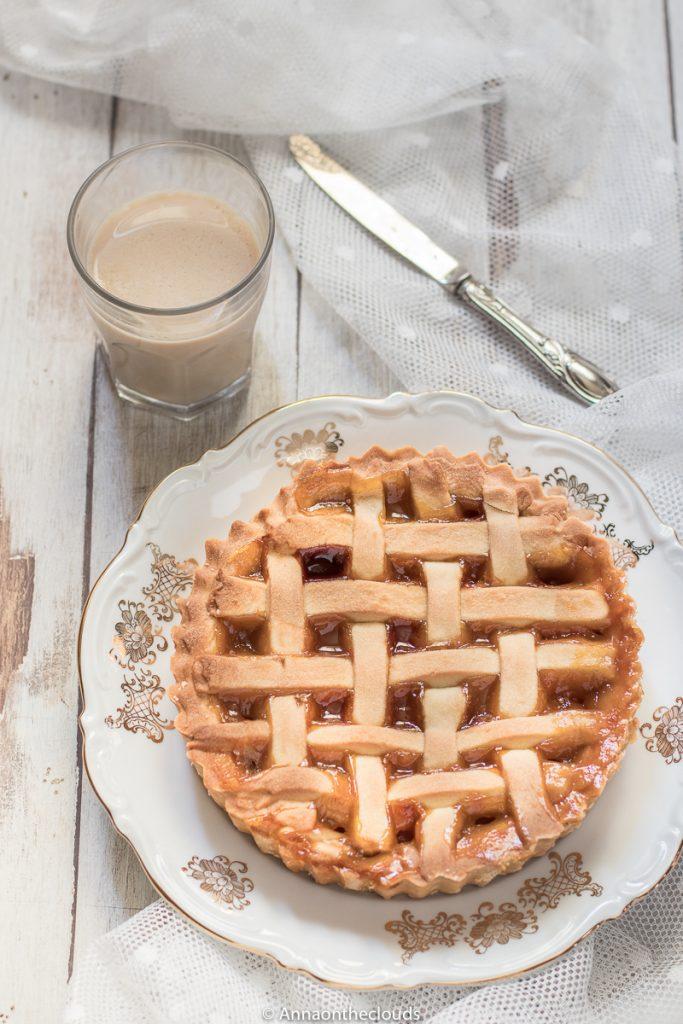 Ricetta crostata alla marmellata: friabile e perfetta!