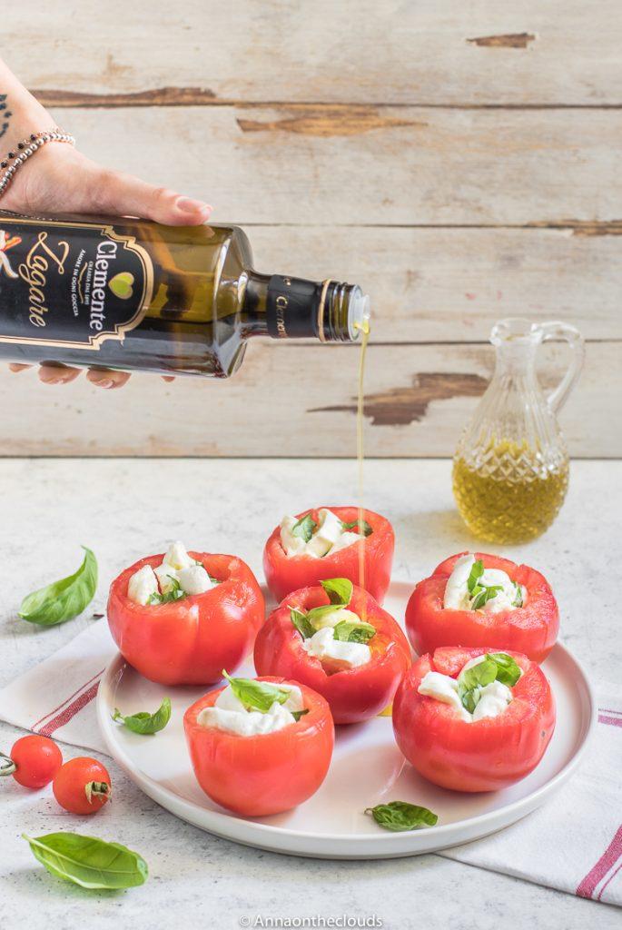 Pomodori ripieni freddi – con mozzarella