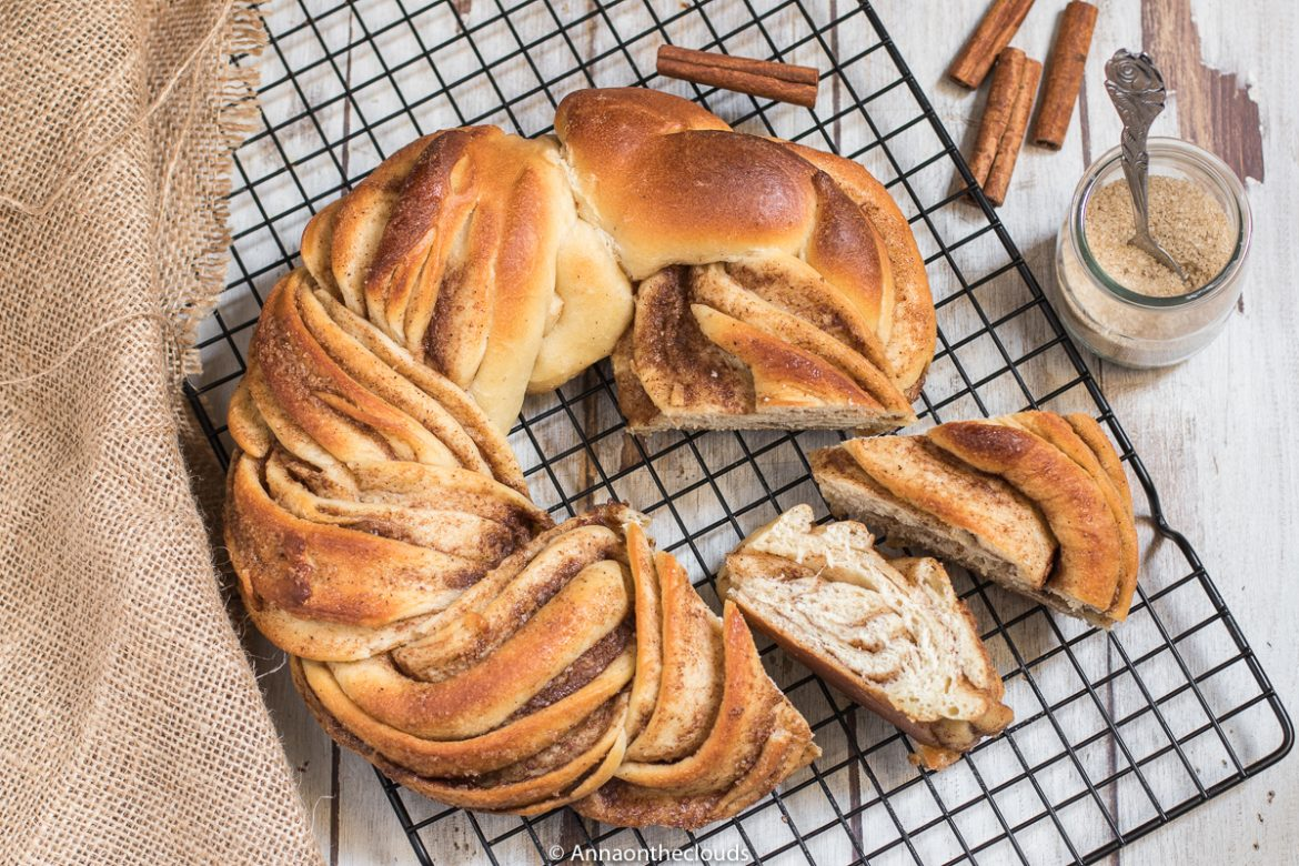 Kringle estone: brioche intrecciata alla cannella