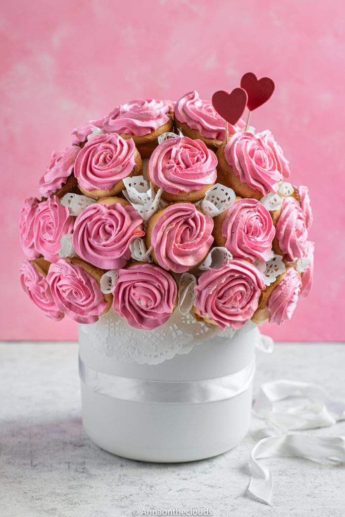 Bouquet di cupcake rose: ricetta con tutorial