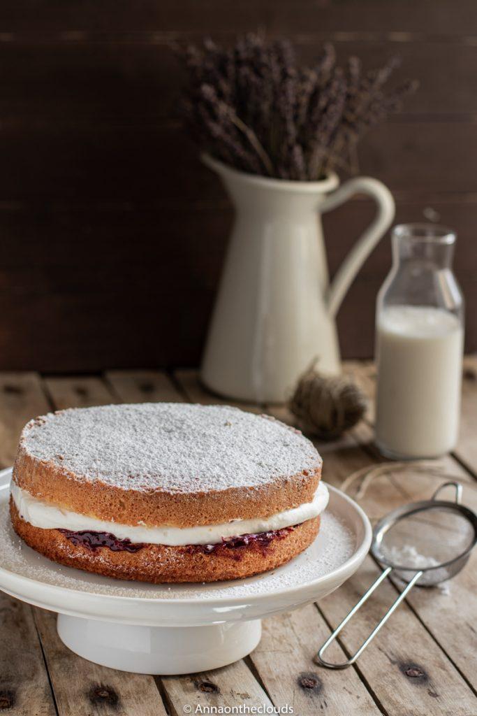 Victoria Sponge Cake: ricetta originale inglese