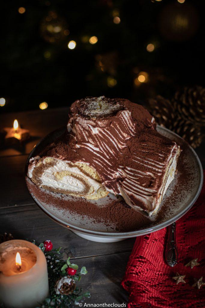 Tronchetto di Natale al tiramisù: ricetta facile
