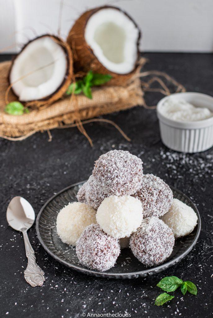 Tartufini di ricotta cocco e cioccolato: in 5 minuti!